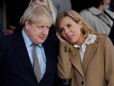 Boris Johnson y su prometida tienen un bebé en pleno confinamiento