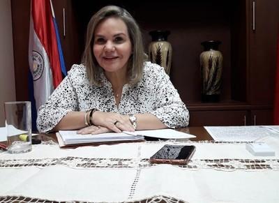 Lilian Samaniego desmiente conexiones entre su familia y el negocio de los insumos médicos