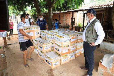 Productores de Tembiaporã donaron 604 cajas de banana