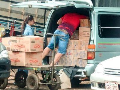 TONELADAS de mercaderías ENTRAN DE CONTRABANDO al país todos los días
