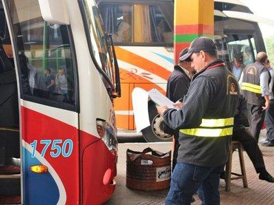Dinatrán: Transporte de mediana y larga distancia volverá el 18 de mayo