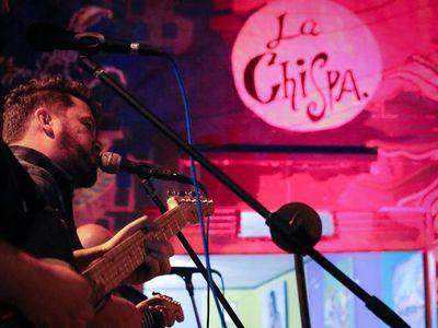 """La Chispa re estrenó el documental """"La calle que un día se tomó"""""""