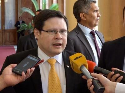 Covid-19: fiscales que investigan compras sospechosas recibieron todos los informes de la SET, asegura viceministro