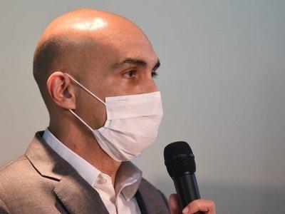 Renuncian dos directores generales de Salud en plena pandemia