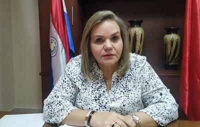 Senadora rechaza acusaciones y se pone a disposición de la fiscalía