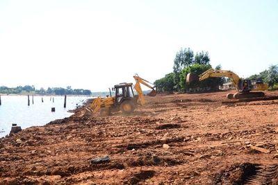 Construcción de la costanera de CDE con  avance del 27%