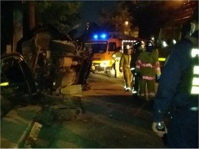Dos accidentes de tránsito dejan cinco heridos en la madrugada