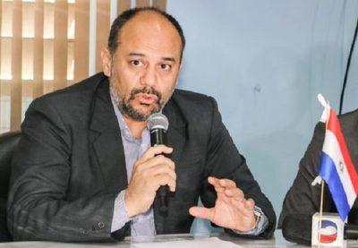 Salud rescindirá contrato tras fiasco en provisión de insumos