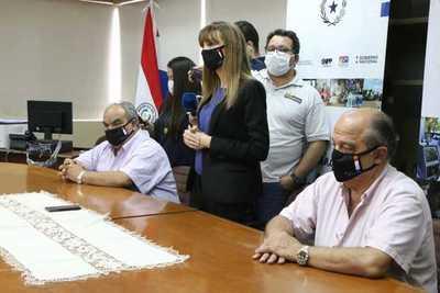 """Bacigalupo pide disculpas a gremio de odontólogos: """"Yo creo que se mal interpretó"""""""