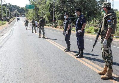 Anuncian mayor presencia militar en frontera con Brasil ante propagación del Covid-19