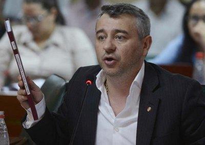 """Asesor de la Presidencia sostiene que """"si existen pruebas contundentes"""" apoyarán juicio político a Quiñónez"""