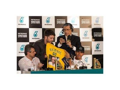 """Hamilton: """"Cuando vengo a Brasil recuerdo a Senna"""""""