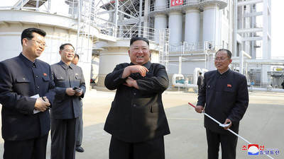 Kim Jong-un reaparece y zanja rumores sobre la supuesta gravedad de su estado
