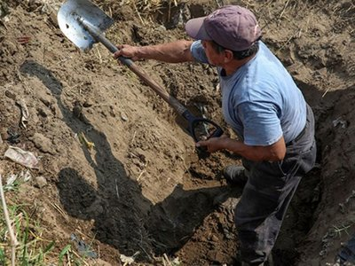 Detenidos por buscar plata yvyguy durante cuarentena