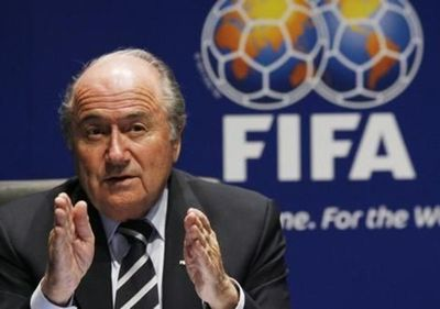 FIFA busca que la justicia continúe investigación contra Blatter