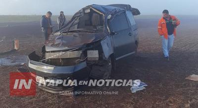 VIOLENTO VUELCO DE CAMIONETA SOBRE RUTA 7 EN SAN RAFAEL DEL PARANÁ