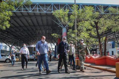 Abdo Benítez verifica refuerzo de control en la frontera con Brasil