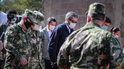 Covid-10: Abdo Benítez verifica refuerzo de control en la frontera con Brasil