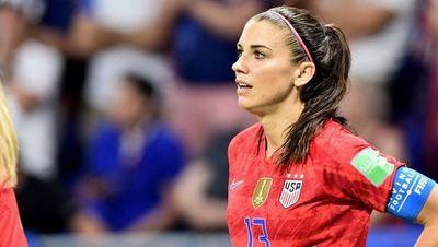 Estrellas de fútbol femenino EEUU critican fallo