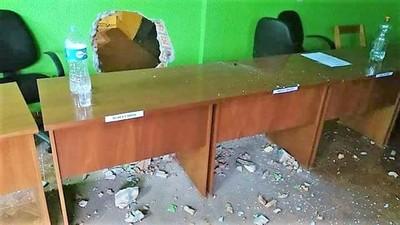 """Acusan a intendente de MALLORQUÍN por """"TRAGADA"""" de G. 3 mil millones"""