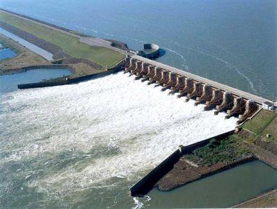 Yacyretá: Generación de energía cayó casi 32% en comparación con marzo