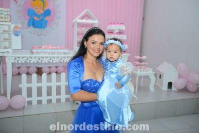 Lenice Noemí festejó su Primer Añito con una gran fiesta en el Salón Cosmo Eventos de Pedro Juan Caballero