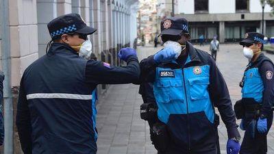 Ecuador extiende hasta el 15 de junio el estado de excepción por pandemia