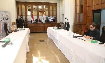 JEM apercibe y enjuicia a fiscales en sesión mixta