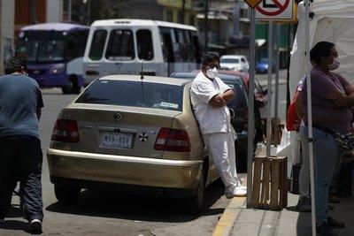 México analiza reactivar industria relacionada con EEUU