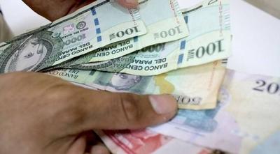 HOY / Demora de bancos para otorgar créditos pone en jaque a MIPYMES: 6 de cada 10, en riesgo de quebrar