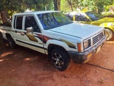 Robaron una camioneta en Villa Elisa • Luque Noticias