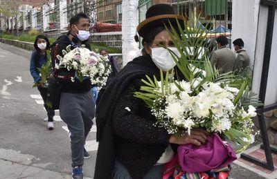 "Ministro de Salud de Bolivia traza panorama con ""muchos fallecidos"" por coronavirus"