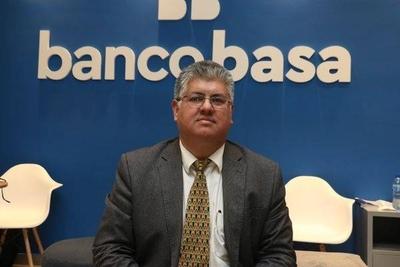 HOY / Banco Basa ofrece productos para el sector ganadero y agrícola  con variados beneficios
