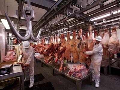 Ganaderos reinstalan debate sobre precios de carne