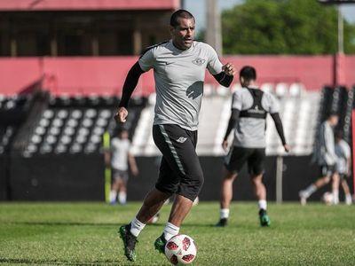 Da Silva recuerda los salarios impagos