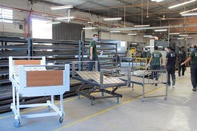Sector metalúrgico nacional diseñará camas con especificaciones de Salud