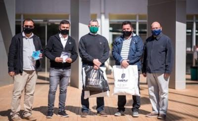 Temple dona 500 tapabocas al Hospital del IPS de CDE