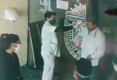 (VIDEO) Concejal de Mariano Roque Alonso rompió protocolo de Salud