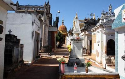Comuna capitalina exonera deudas atrasadas por lotes de cementerio hasta fin de mes