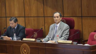 Legislador exige al Ejecutivo transparentar motivos de sus decisiones