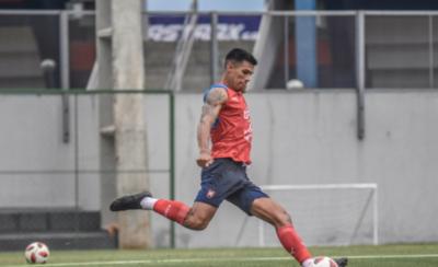 """HOY / """"Dos Santos no es Messi para pretender que nadie hable de Cerro"""""""