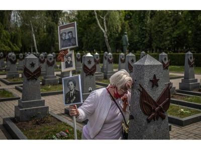 Pandemia resta brillo a festejo por 75 años del fin del nazismo