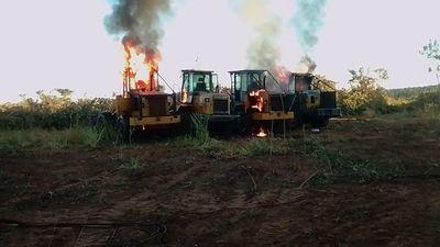 Queman tractores en Yby Yaú y FTC investiga si lo hizo el EPP