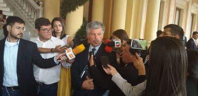 Giuzzio confirma varios puntos llamativos en licitaciones del Ministerio de Salud