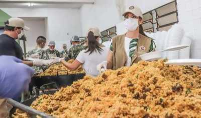 Oficina de la Primera Dama repartió más de 81.000 platos de comida a familias vulnerables