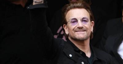 HOY / Bono cumple 60 años confinado, pero en pie de guerra contra el coronavirus