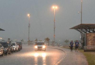 Anuncian lluvias y descenso de la temperatura desde el lunes