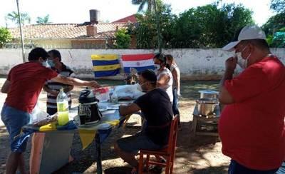 Olla popular: Reparten 339 platos en Palma Loma • Luque Noticias