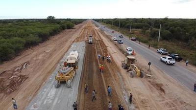 Presidente de la República verifica avances en obras de la Ruta Transchaco