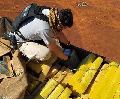 Cae camión con 3.000 kilos de marihuana que iba ser llevada al Brasil con una carga de soja – Diario TNPRESS